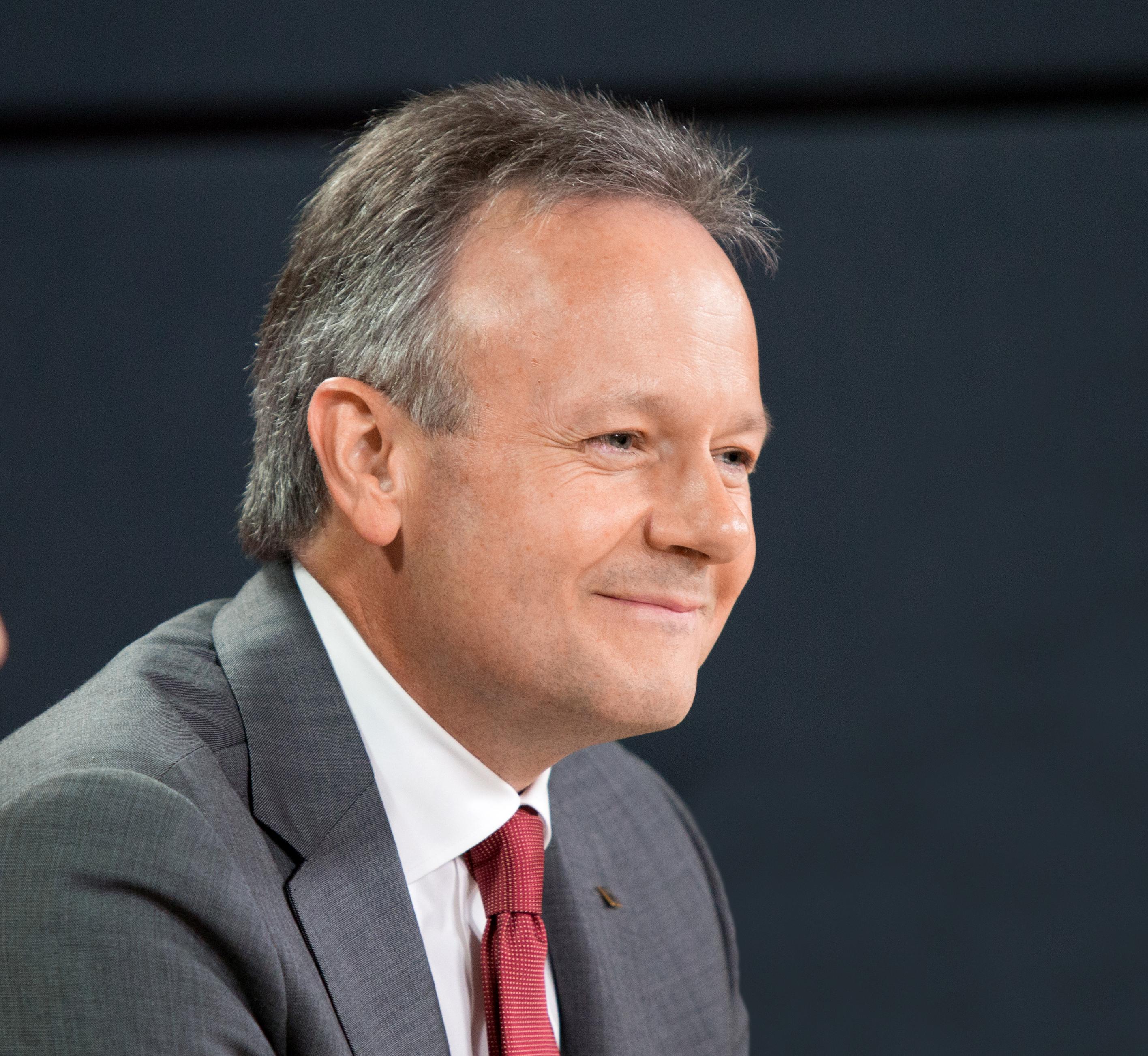 Stephen S. Poloz est le neuvième gouverneur de la Banque du Canada.