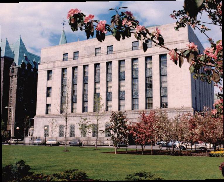 Côté ouest de l'immeuble de la Banque du Canada, 1966
