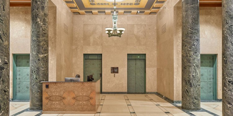 Le hall d'entrée de la rue Wellington