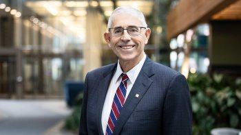 Sous-gouverneur Lawrence L. Schembri
